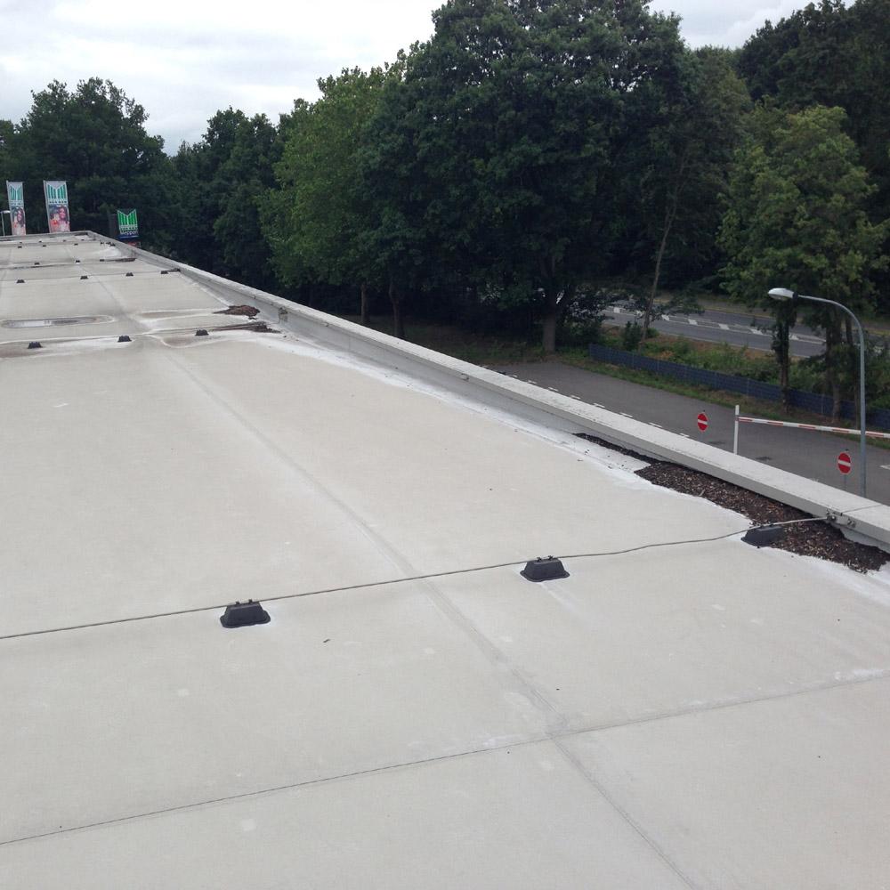 Dachsedimente zum Teil vom Wind und zum Teil vom Wasser zusammengetragen